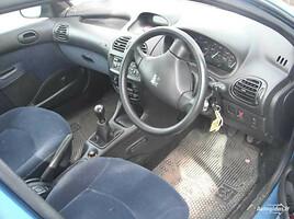 Peugeot 206, 2001m.