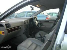 Volvo V40 I 100kw, 2002m.