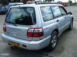 Subaru Forester I Turbo automatic, 2001m.