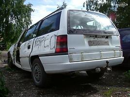 Opel Astra I ziureti komentarus, 1996m.