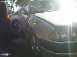 Toyota Avensis I, 1998m.