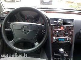 Mercedes-Benz C 250 W202  Sedanas