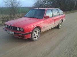 BMW 318 E30  Universalas