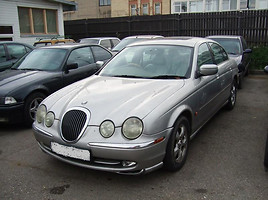 Jaguar S-Type   Sedanas