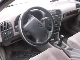 Volvo V40 I 85kw, 2001m.