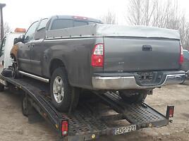 Toyota Tundra   Visureigis