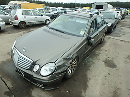Mercedes-Benz E 200 W211  Sedanas
