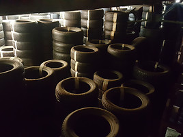 Michelin Latitude Alpin apie  R17