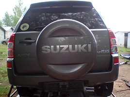Suzuki Grand Vitara II  Visureigis