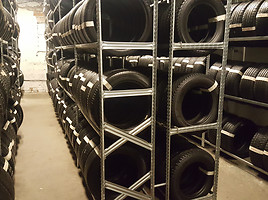 Pirelli SOTTOZERO apie 7mm R17
