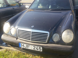 Mercedes-Benz E 300 W210, 1996m.