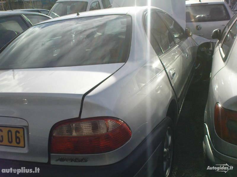 Toyota Avensis I, 2001m.