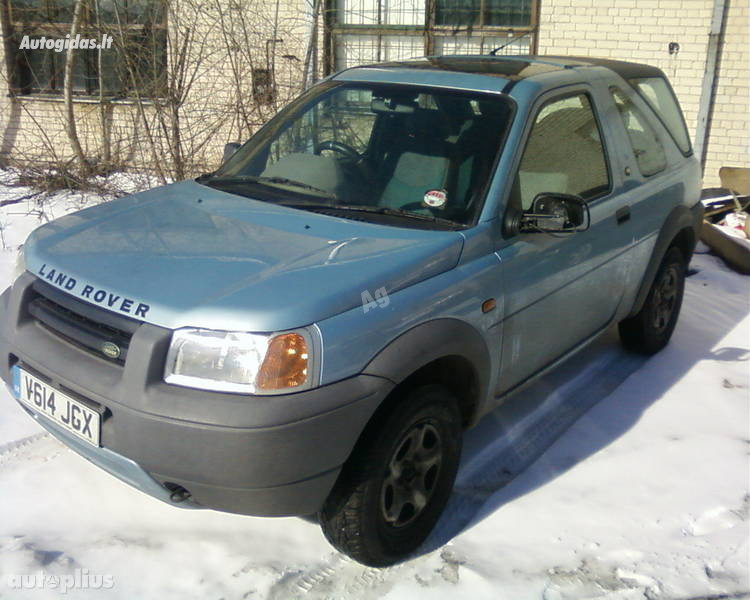 Land-Rover, 2001m.