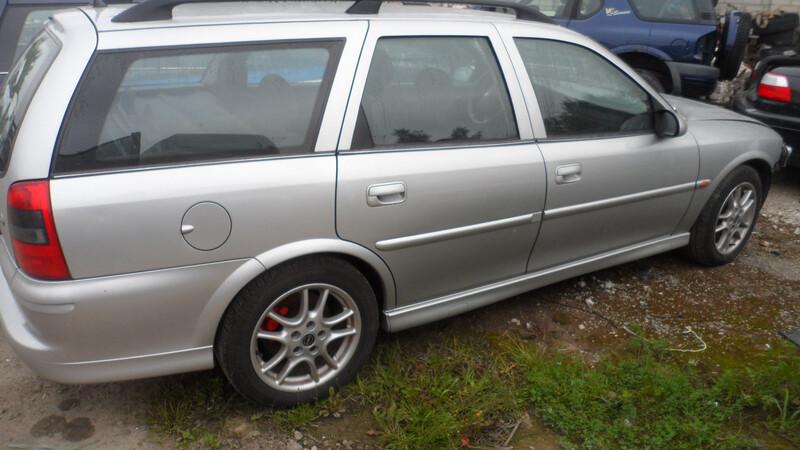 Opel Vectra B, 2000m.