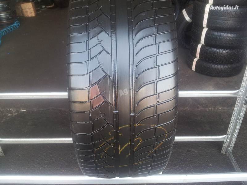 Michelin 4x4 DIAMARIS apie 5m R20