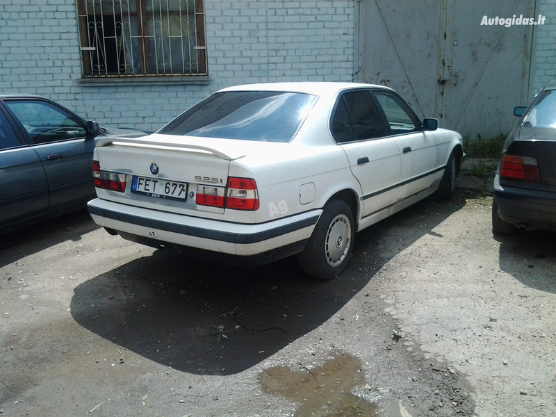 BMW 525 E34 krabas, 1990m.