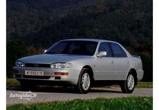 Toyota Camry 1992-1993