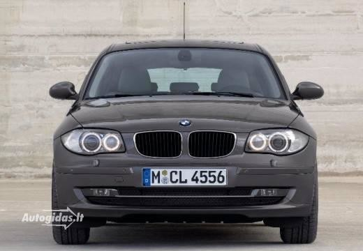 BMW 118 2009-2011