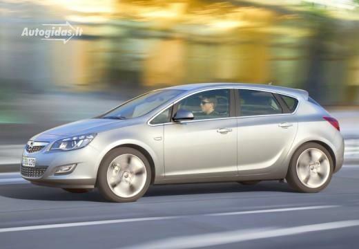 Opel Astra 2010-2013