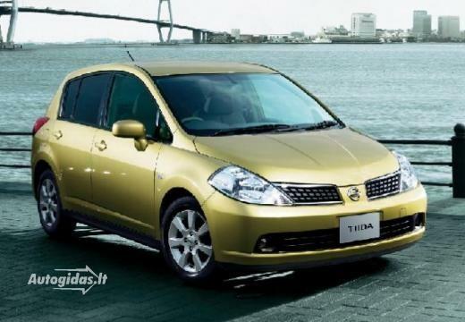 Nissan Tiida 2010-2012