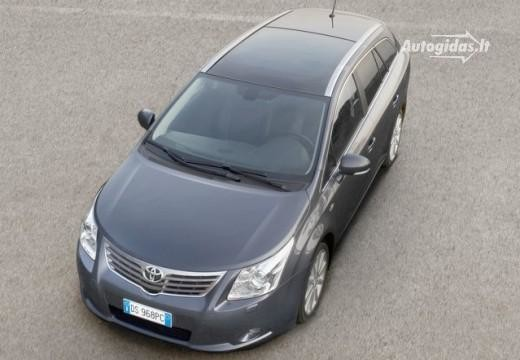 Toyota Avensis 2010-2011
