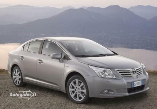 Toyota Avensis 2011-2012
