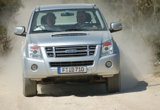 Isuzu D-Max 2011-2012