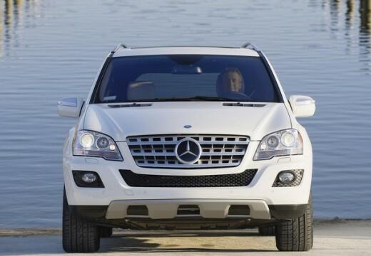 Mercedes-Benz ML 300 2010-2011