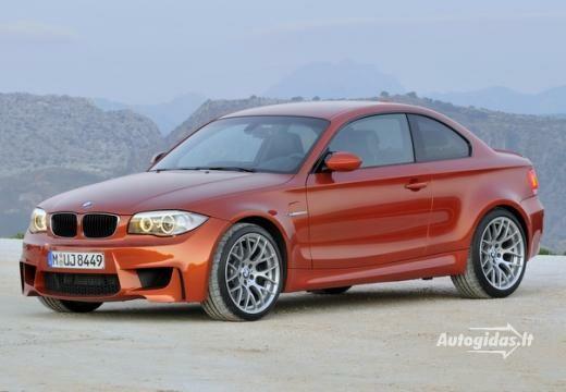 BMW M1 2011-2013
