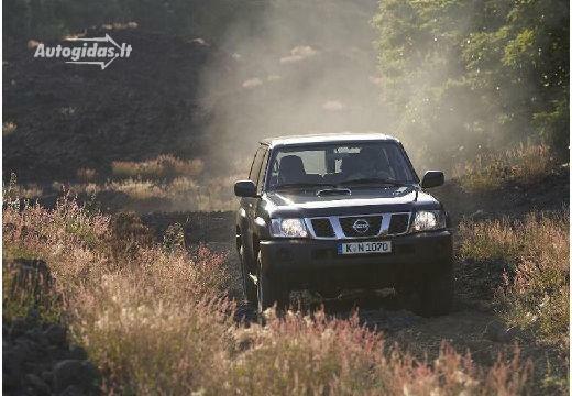 Nissan Patrol 2004-2005