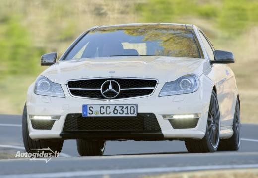 Mercedes-Benz C 63 AMG 2011