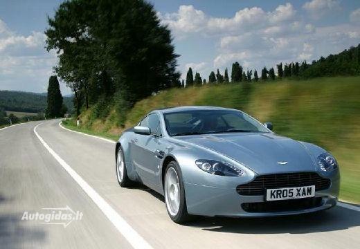 Aston Martin Vantage 2011