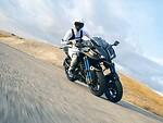 """""""Yamaha"""" pristatė pirmąjį pasaulyje pasvyrantį motociklą su dviem priekiniais ratais foto 3"""