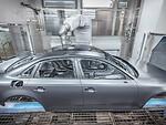 """""""Audi"""" pradėjo naudoti ypatingą automobilių dažymo būdą - jokio nutekėjimo, maskavimo ir dažų švaistymo foto 3"""