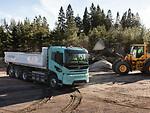 """""""Volvo Trucks"""" sukūrė pirmuosius elektra varomus sunkiasvorius sunkvežimius - artėja dar viena transporto revoliucija? foto 2"""