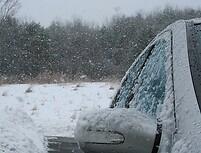 Ar didelis šaltis kenkia automobiliui?