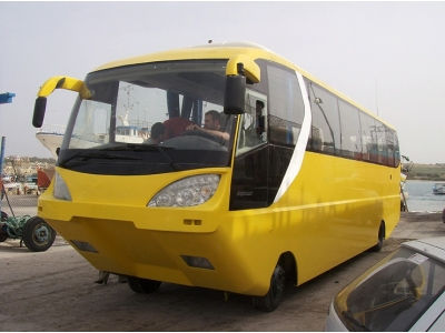 Autobusas amfibija AmphiCoach GTS-1