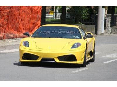 Ferrari F450. Paparacai gerai dirba savo darbą (foto+video)