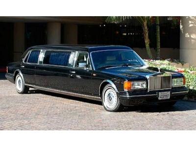 Michael'as Jackson'as mirė. Kas bus su jo automobilių kolekcija?