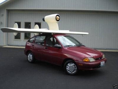 Skraidantis automobilis ar lėktuvas ant 4 ratų?