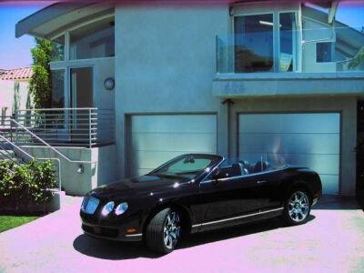 Parduodamas namas. Bentley - dovanų