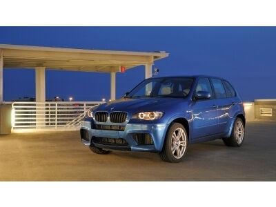 """Lapkritį Lietuvoje pasirodys """"BMW X5 M"""" ir """"BMW X6 M"""""""