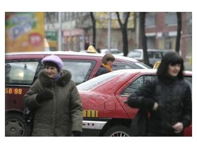 Taksi įkainių matematika: kodėl keli kilometrai kainuoja 10 litų?