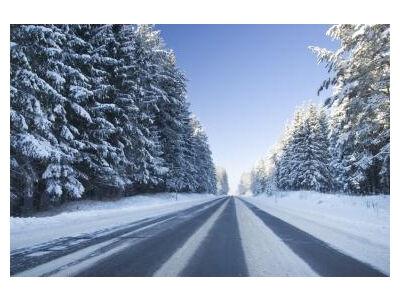 Kelių būklė: eismo sąlygos sudėtingos, daug kur - plikledis