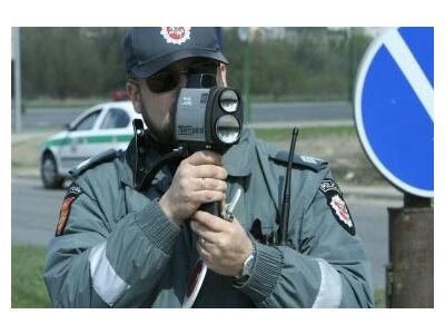 Policijoje greičio matuokliai ir alkotesteriai - tik su atmintimi
