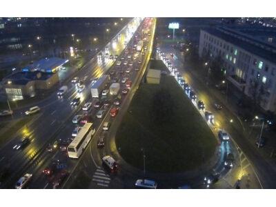 Automobilių spūstys sostinėje: gatvių nepraplatinsime - ką galime padaryti?