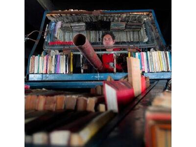Tankas - mobili biblioteka