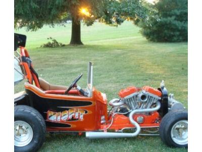 Harley variklis su vairu