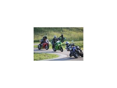 Kur praktikuotis motociklų, motorolerių ir mopedų vairuotojams?