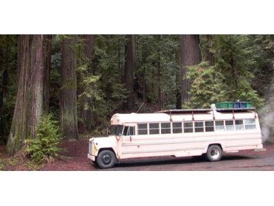 Autobusas paverstas į namą